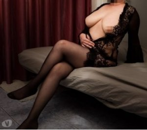 Appolline eros escorts Quebec, QC