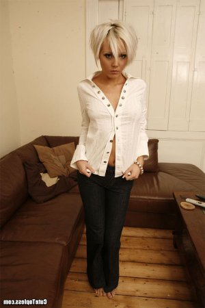 Kaylee slave live escorts in Glossop, UK